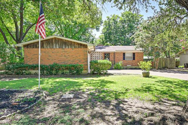 210 Pensacola Avenue, Waxahachie, TX 75165 (MLS #14653825) :: Real Estate By Design