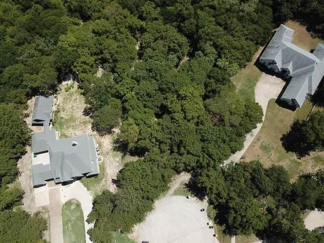 1524 Indigo Court, Cedar Hill, TX 75104 (MLS #14654336) :: RE/MAX Pinnacle Group REALTORS