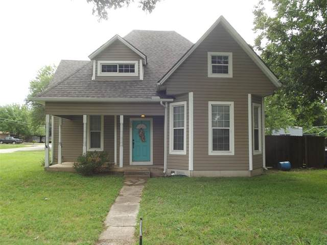 326 S Harrison Street, Pilot Point, TX 76258 (MLS #14654507) :: Robbins Real Estate Group