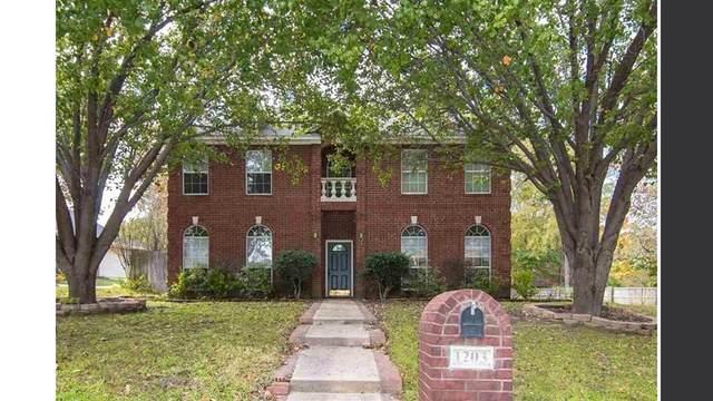 1203 Lesley Lane, Longview, TX 75604 (MLS #14654939) :: Real Estate By Design