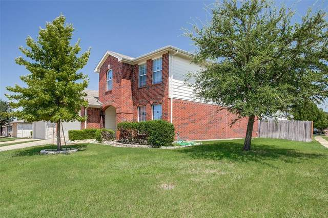 5748 Hunters Bend Lane, Dallas, TX 75249 (MLS #14655457) :: Craig Properties Group