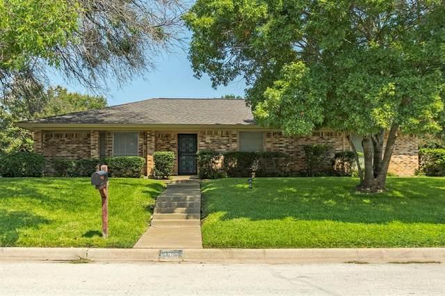 3916 Madrid Drive, Fort Worth, TX 76133 (MLS #14655463) :: Craig Properties Group