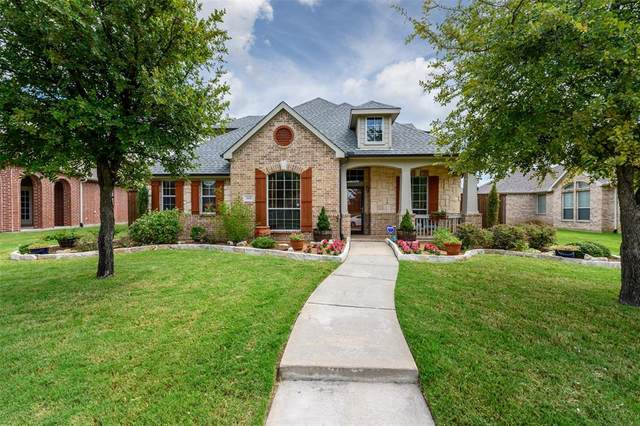 869 Crystal Lake Drive, Frisco, TX 75036 (MLS #14655540) :: Real Estate By Design