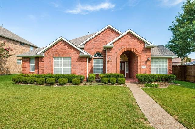 3921 Cloudcrest Drive, Plano, TX 75074 (MLS #14655926) :: Real Estate By Design