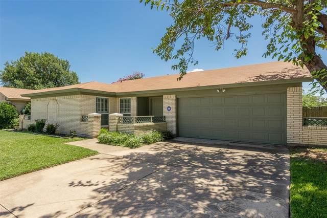 108 Wingren Lane, Arlington, TX 76014 (MLS #14655968) :: Craig Properties Group