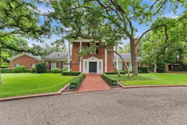2825 Lake Air Drive, Waco, TX 76710 (MLS #14656008) :: Real Estate By Design