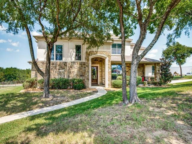 450 Caprock Drive, Sunnyvale, TX 75182 (MLS #14656067) :: Real Estate By Design