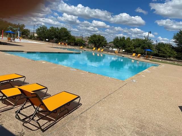 1100 San Antonio Drive, Forney, TX 75126 (MLS #14656247) :: VIVO Realty