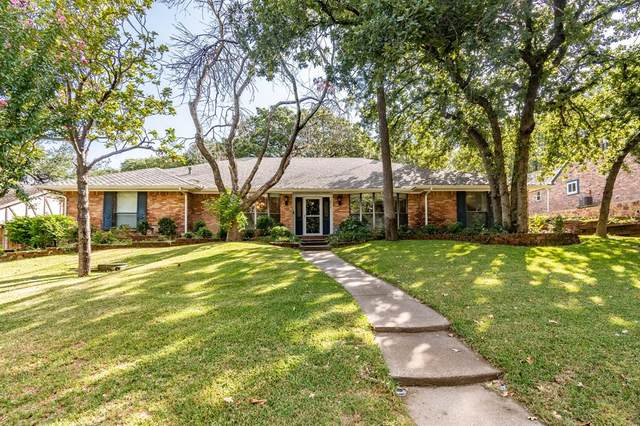 2715 Lincoln Drive, Arlington, TX 76006 (MLS #14656369) :: Real Estate By Design