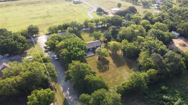 1557 Speers Drive, Mansfield, TX 76063 (MLS #14656844) :: Real Estate By Design