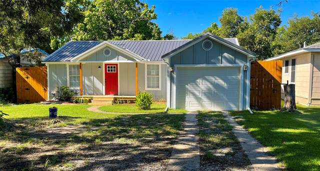 106 W Bois D Arc Street D, Leonard, TX 75452 (MLS #14656915) :: Craig Properties Group