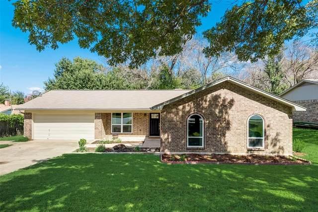 236 Rhineland Road, Benbrook, TX 76126 (MLS #14656924) :: Craig Properties Group