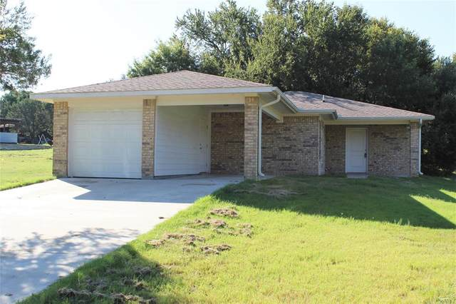 2803 Sky Harbour Drive, Granbury, TX 76049 (MLS #14657324) :: Russell Realty Group