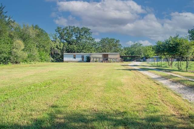 229 E Oak Street, Santo, TX 76472 (MLS #14657339) :: Robbins Real Estate Group