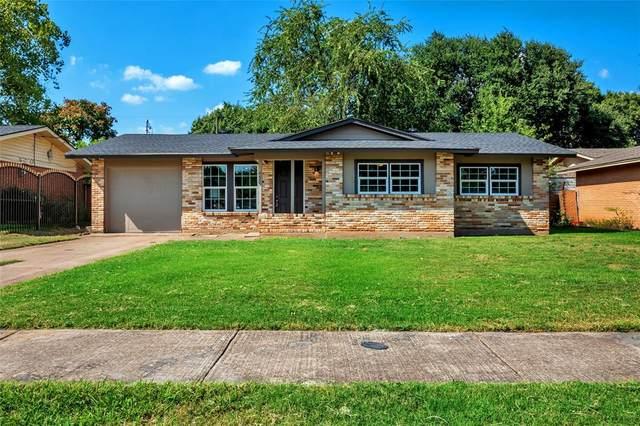 4655 Silversprings Drive, Dallas, TX 75211 (MLS #14657493) :: Real Estate By Design