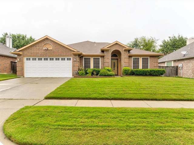 309 Fairhaven Court, Arlington, TX 76018 (MLS #14657756) :: Craig Properties Group