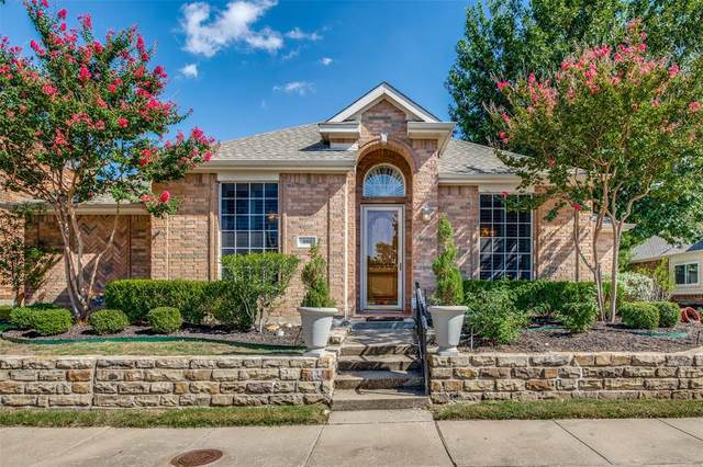 950 Bluffview Drive, Rockwall, TX 75087 (MLS #14658162) :: Russell Realty Group