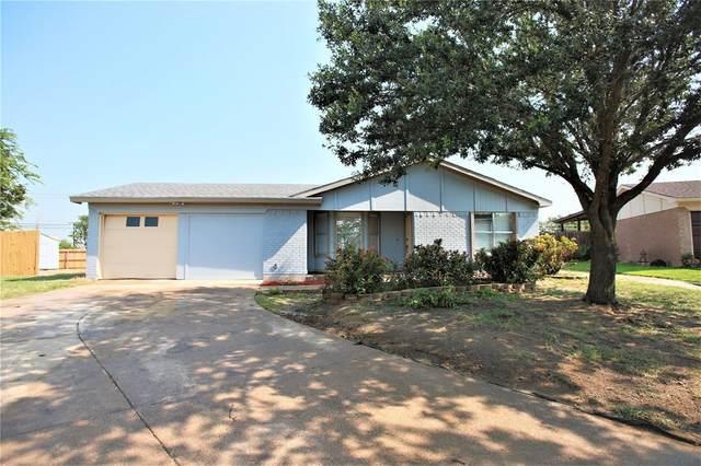 3401 Littlestone Drive, Arlington, TX 76014 (MLS #14658643) :: Maegan Brest | Keller Williams Realty