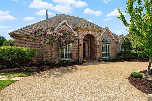 2304 Huntersridge Drive, Irving, TX 75063 (MLS #14659375) :: Real Estate By Design