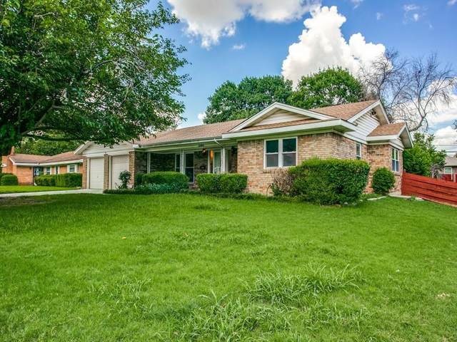 3103 Phoenix Drive, Fort Worth, TX 76116 (#14659451) :: Homes By Lainie Real Estate Group