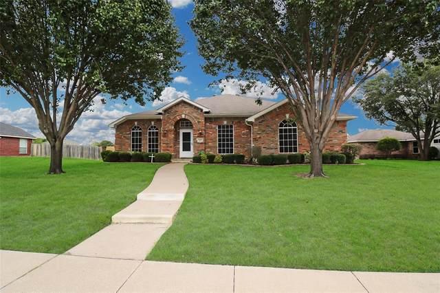3209 Granada Drive, Mesquite, TX 75181 (MLS #14659494) :: Maegan Brest   Keller Williams Realty