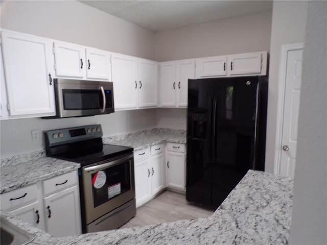 1117 Southpointe Drive, Desoto, TX 75115 (MLS #14659766) :: Real Estate By Design