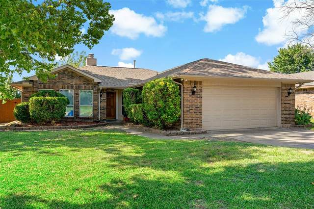 514 Claymore Drive, Euless, TX 76040 (MLS #14659897) :: Russell Realty Group