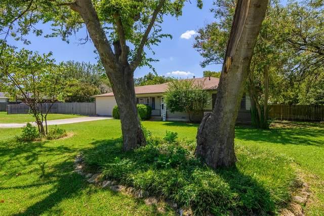 417 W Lloyd Street, Krum, TX 76249 (MLS #14659916) :: Russell Realty Group