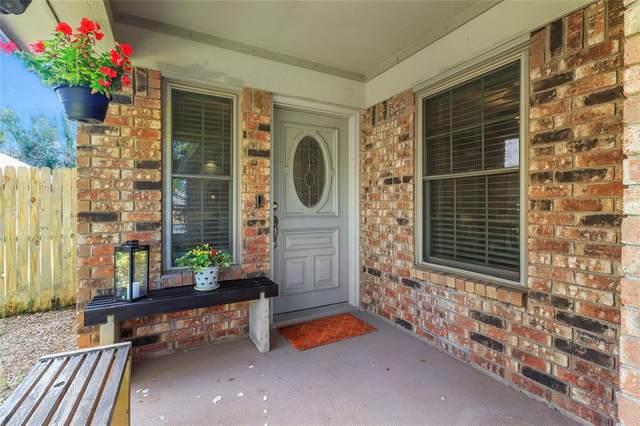 3104 Emerald Street, Bedford, TX 76021 (MLS #14659927) :: Real Estate By Design