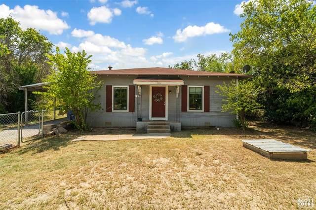 1305 19th, Brownwood, TX 76801 (MLS #14660185) :: Craig Properties Group
