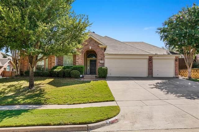 1612 Babbling Brook Drive, Grand Prairie, TX 75050 (MLS #14660362) :: Frankie Arthur Real Estate