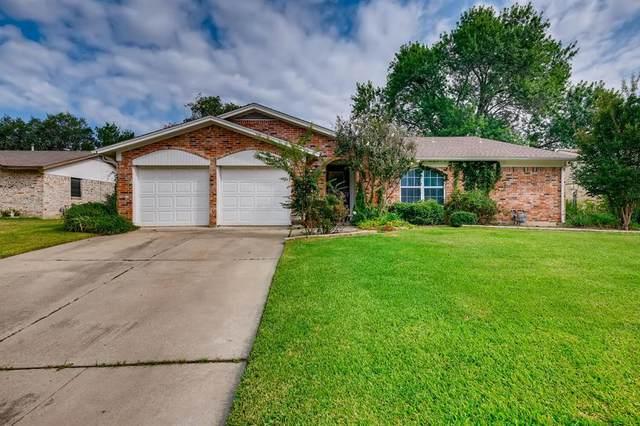 716 Meadowcrest Drive, Crowley, TX 76036 (MLS #14660910) :: The Hornburg Real Estate Group