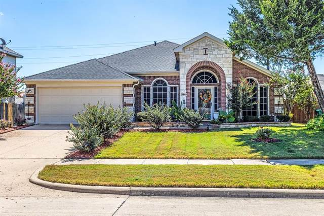1359 Calvert Drive, Cedar Hill, TX 75104 (MLS #14660918) :: Real Estate By Design