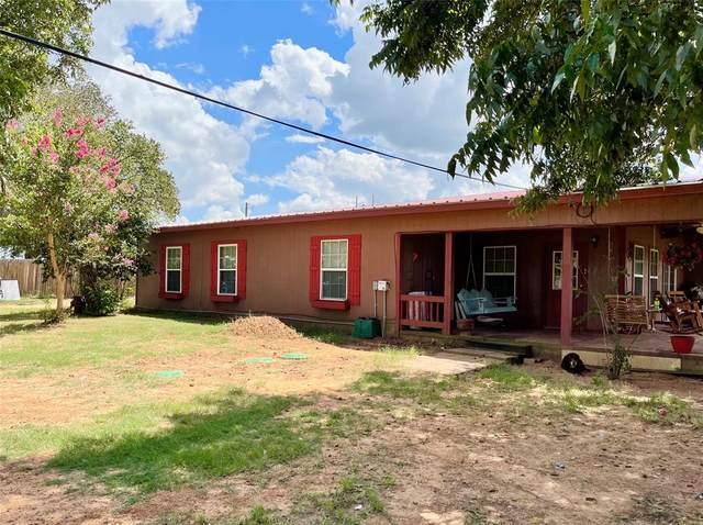 4036 County Road 307, Grandview, TX 76050 (MLS #14661297) :: Maegan Brest   Keller Williams Realty
