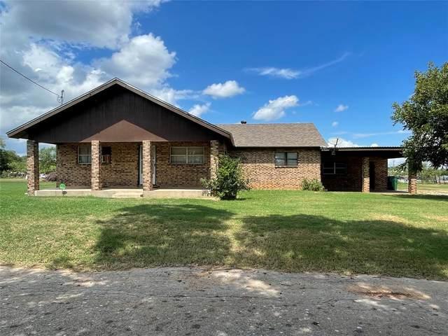 106 E Ripley Street, Coleman, TX 76834 (MLS #14661526) :: VIVO Realty