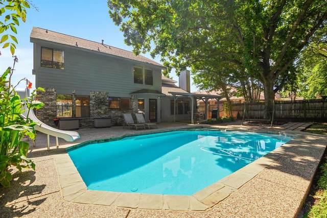 4323 Columbia Street, Grand Prairie, TX 75052 (MLS #14661564) :: Real Estate By Design