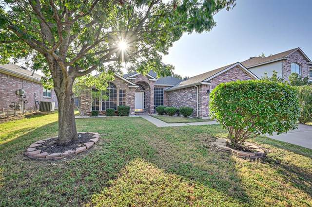 7603 Danuers Lane, Arlington, TX 76002 (MLS #14661601) :: Real Estate By Design