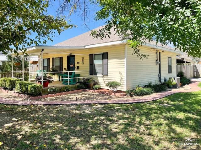 701 S Halbryan Street, Eastland, TX 76448 (MLS #14661856) :: NewHomePrograms.com