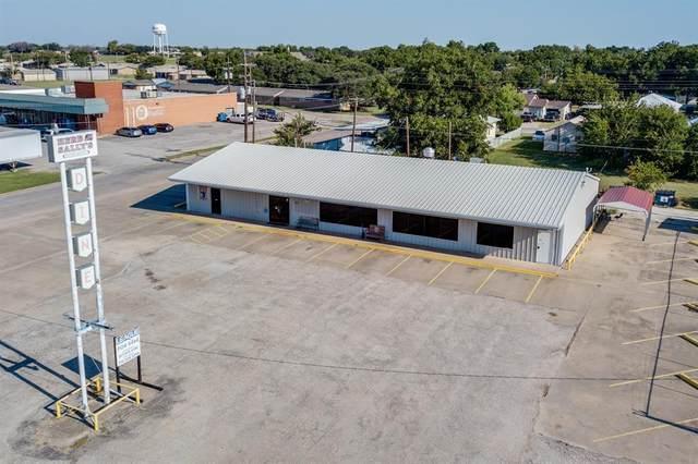 1128 W Main Street, Olney, TX 76374 (MLS #14662126) :: Real Estate By Design