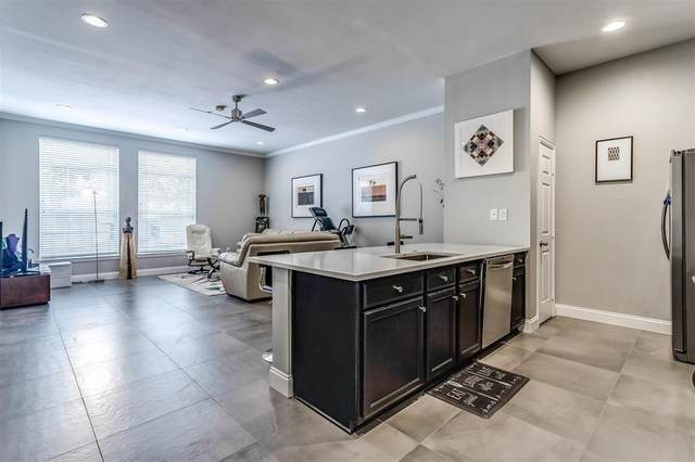 2305 Worthington Street #112, Dallas, TX 75204 (#14662154) :: Homes By Lainie Real Estate Group