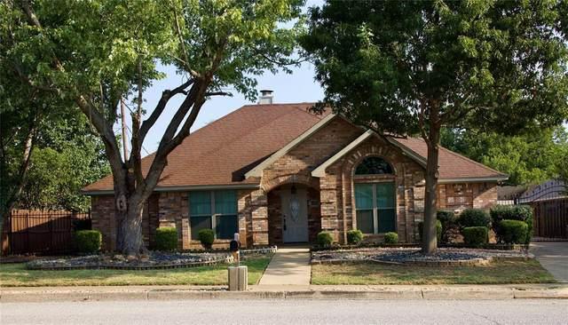 7801 Hightower Drive, North Richland Hills, TX 76182 (MLS #14662162) :: Real Estate By Design
