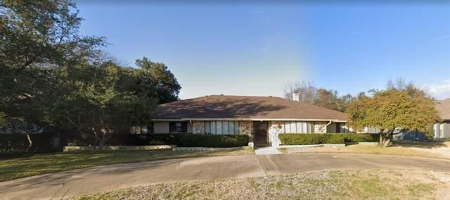 6615 Rolling Vista Drive, Dallas, TX 75248 (MLS #14662563) :: Real Estate By Design