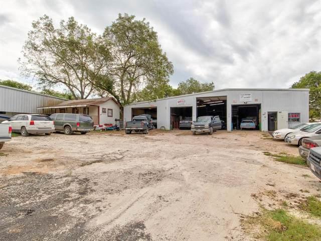 206 Watters Street, Cleburne, TX 76031 (MLS #14662682) :: Maegan Brest | Keller Williams Realty