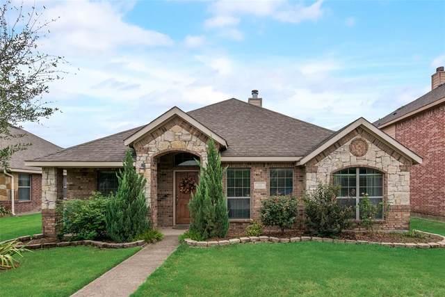 212 Happy Lane, Red Oak, TX 75154 (MLS #14663379) :: NewHomePrograms.com