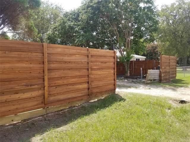1713 Corral Road, Grand Prairie, TX 75052 (MLS #14663497) :: RE/MAX Pinnacle Group REALTORS