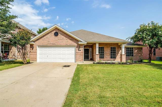 804 Dogwood Drive, Burleson, TX 76028 (MLS #14663524) :: Real Estate By Design