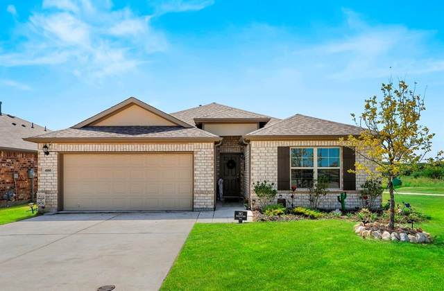 400 Bronze Forest Drive, Fort Worth, TX 76131 (MLS #14663680) :: Craig Properties Group