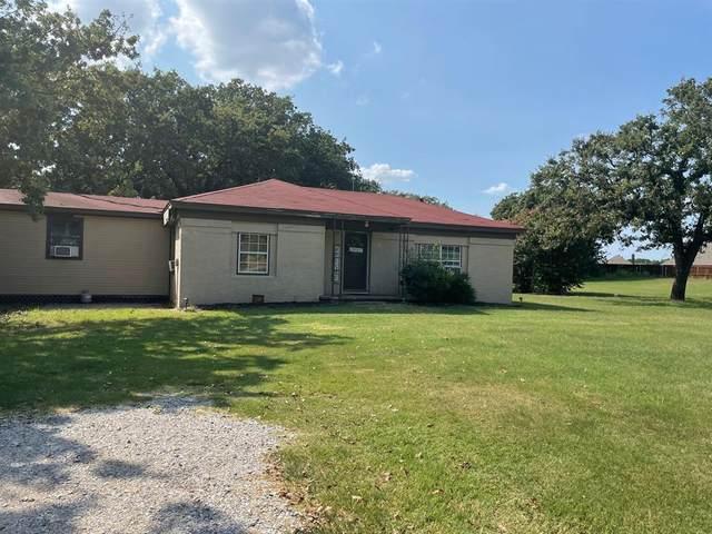 850 Lazy Bend Road, Millsap, TX 76066 (MLS #14663871) :: The Mauelshagen Group