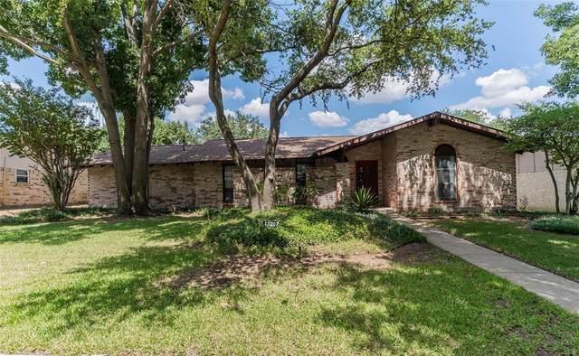 13207 Pennystone Drive, Farmers Branch, TX 75244 (MLS #14664048) :: Craig Properties Group