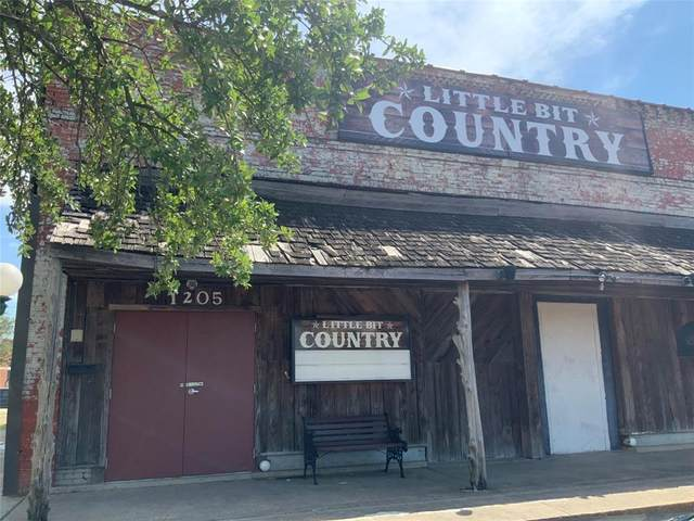 1205 Main Street, Commerce, TX 75428 (MLS #14664183) :: Russell Realty Group